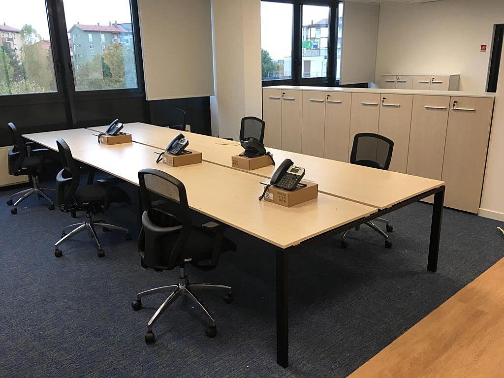 kuehnenagel-logistic-office-furniture-03.jpg